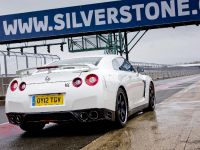 Nissan GT-R Track Pack, 11 of 15