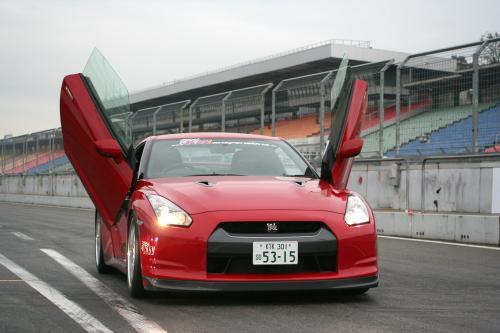 ЛСД крыла двери для Nissan GT-R