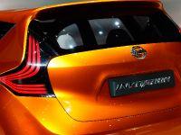 thumbnail image of Nissan INVITATION Concept Geneva 2012