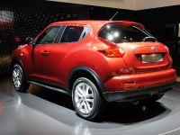 thumbnail image of Nissan Juke Geneva 2010