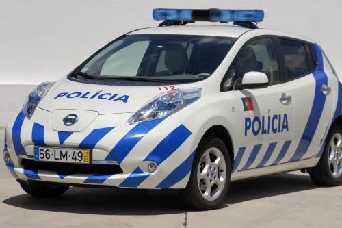 Nissan Leaf начинается патрулирование португальский улиц