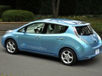 Nissan LEAF, 13 of 35