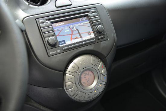 Nissan Micra Elle Paris