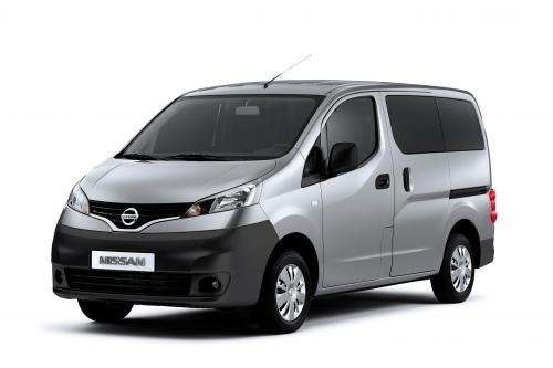 Nissan NV200: Малый Универсальный Перевозчик люди и Ван