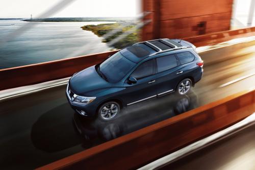 Nissan Pathfinder концепция ориентирована на семью интерьера