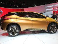 thumbnail image of Nissan Resonance Detroit 2013