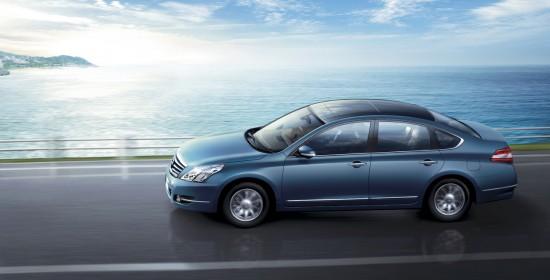 Nissan Teana Luxury Sedan