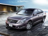 Nissan Teana Luxury Sedan, 1 of 10