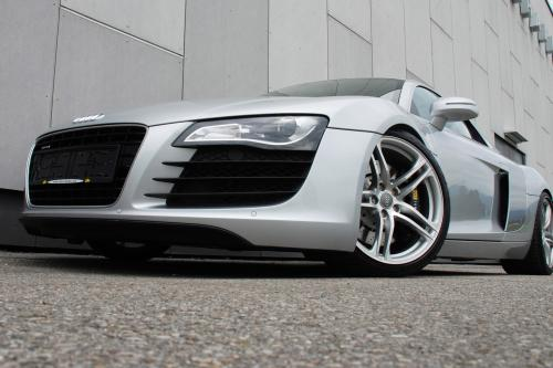 О. кар Audi R8 4.2 V8