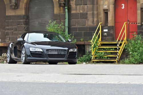 Phantom Black Panther: OK-Chiptuning Audi R8 V10 Coupe