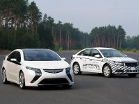 Opel Ampera at the test track, 5 of 5