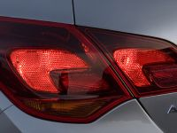 Opel Astra 2010, 9 of 25
