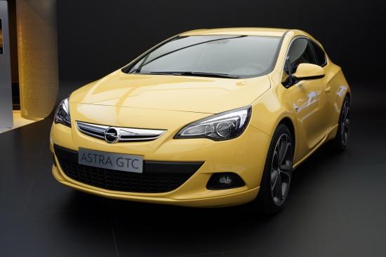 Opel Astra GTC Frankfurt