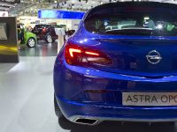 thumbnail image of Opel Astra GTC Moscow 2012