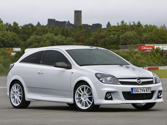 Opel Astra OPC Nurburgring