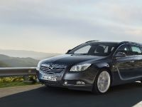 Opel Insignia Sports Tourer, 1 of 5