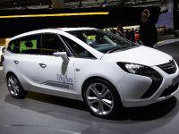 thumbnail image of Opel Zafira Tourer Frankfurt 2011
