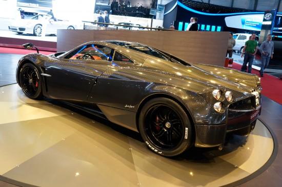 Pagani Huayra Carbon Edition Geneva