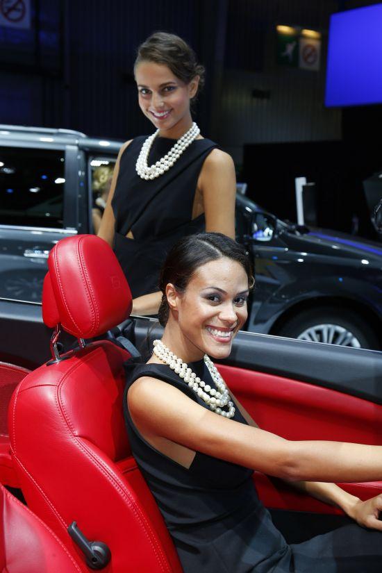 Paris Motor Show Girls