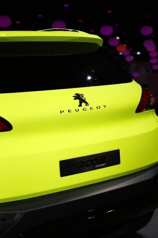 Peugeot 2008 Concept Paris
