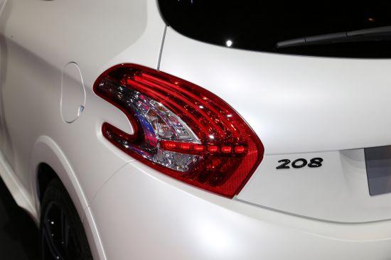 Peugeot 208 GTI  Paris