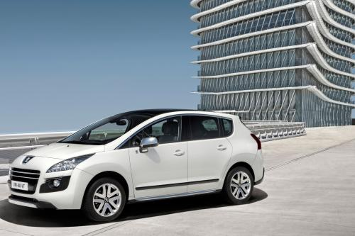 Peugeot 3008 HYbrid4 Limited Edition аншлаг