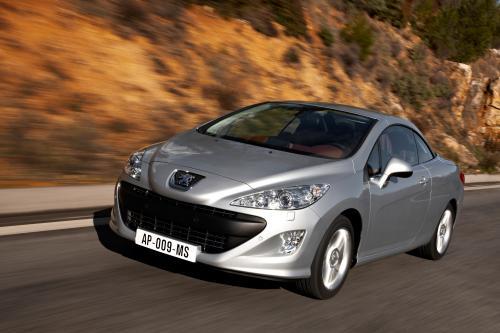 Peugeot раскрывает подробности нового 308 CC