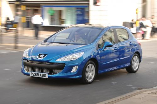 """Новый Peugeot 308* можете проехать до 3000 миль, \"""" на халяву\""""!"""