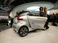 thumbnail image of Peugeot BB1 Concept Frankfurt 2009