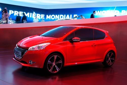 2012 Женевский Автосалон: Peugeot GTi Concept