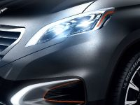 thumbnail image of Peugeot Urban Crossover Concept