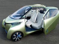 thumbnail image of Nissan Pivo 3 Concept