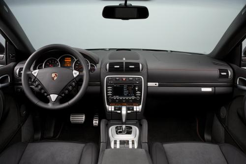 Новый Porsche Cayenne GTS Porsche Design Edition 3