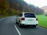 Porsche Cayenne with diesel engine, 2 of 3