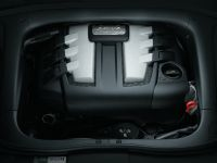 Porsche Cayenne with diesel engine, 3 of 3