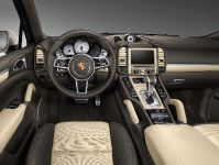 Porsche Exclusive Cayenne S in Palladium Metallic, 3 of 6