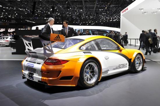 Porsche GT3 R Hybrid Geneva