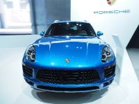 Porsche Macan New York 2014