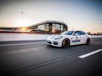 Porsche Martini Lineup , 6 of 9