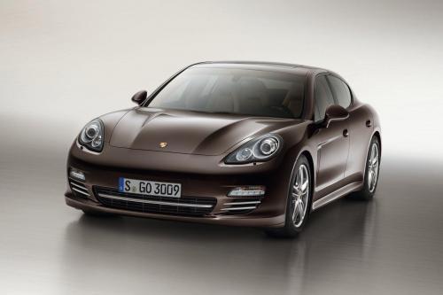 Porsche Panamera Platinum Edition - €79,707