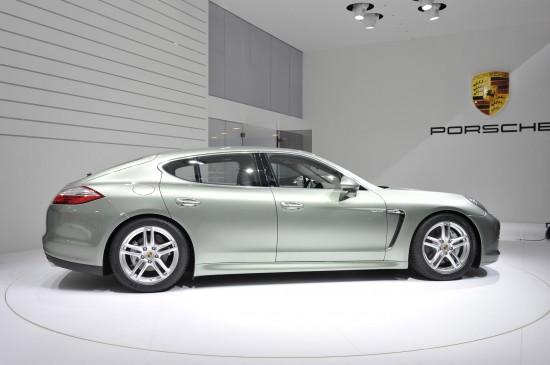 Porsche Panamera S Hybrid Geneva