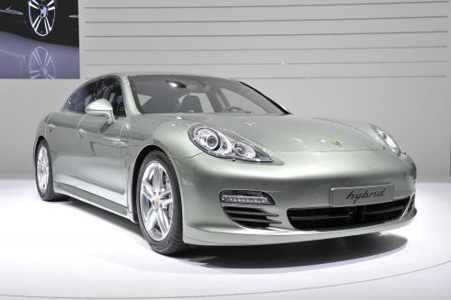 Женева 2011: Porsche Panamera S Hybrid