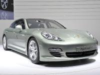 Porsche Panamera S Hybrid Geneva 2011, 1 of 5