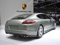 thumbnail image of Porsche Panamera S Hybrid Geneva 2011