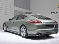 Porsche Panamera S Hybrid Geneva 2011, 4 of 5
