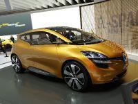 thumbnail image of Renault R-Space Frankfurt 2011