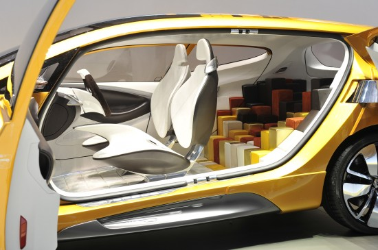 Renault R-Space Geneva