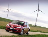 thumbnail image of Renault Scoops Environment Award