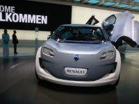 thumbnail image of Renault Zoe Z.E. Concept Frankfurt 2011