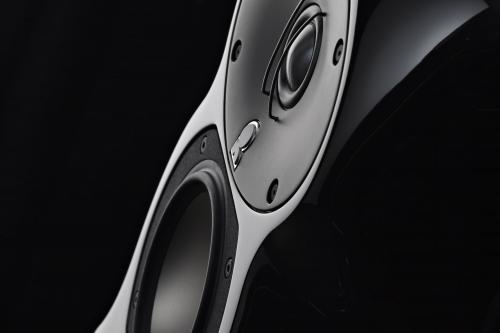 Линкольн получает Премиум звук из Ревеля Аудио систем